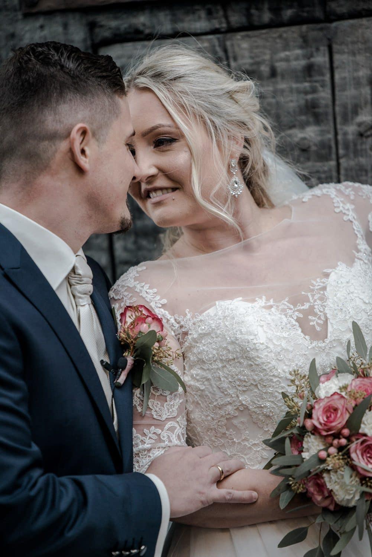 Kristina & Davis - Ihr Hochzeitsfotograf in Pforzheim - 035-