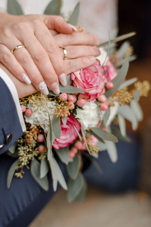 Kristina & Davis - Ihr Hochzeitsfotograf in Pforzheim - 060-
