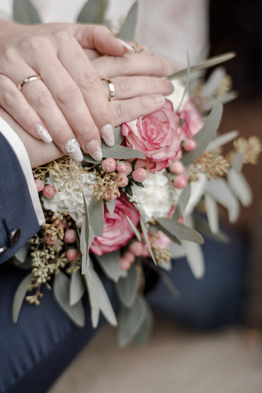 Kristina & Davis - Ihr Hochzeitsfotograf in Pforzheim - 061-